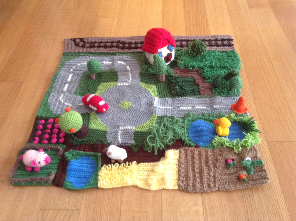 Crochet a Farm Playmat